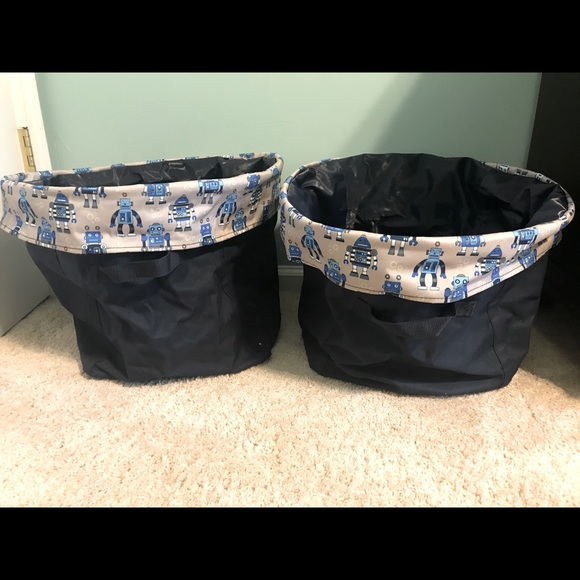 Thirty one blue robot baskets x2 kids